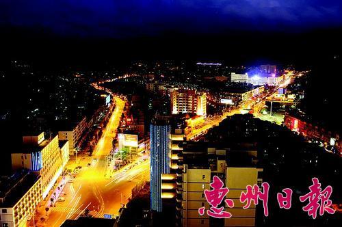 美丽的县城夜景。