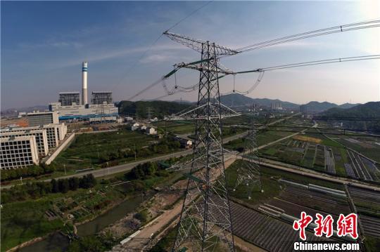图为六横电厂。 姚峰 摄