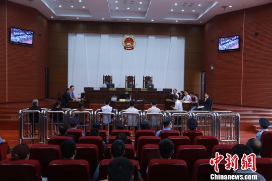 """湖南""""全能神""""邪教组织案宣判6被告获刑2至4年"""