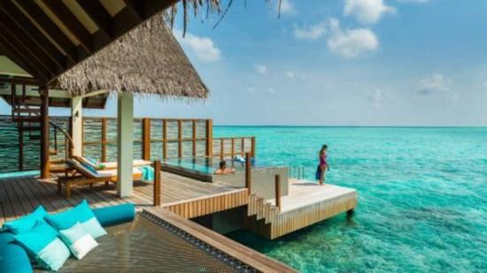 盘点:全球11座最美的水上洋房