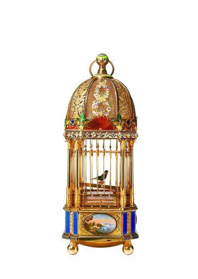 【原创】 北上俄罗斯 (5)欣赏俄罗斯博物馆里的各种钟表收藏品 - 含笑 - 含笑