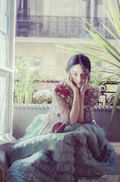 张馨予输了李晨不输美 扮花仙子与范冰冰比美