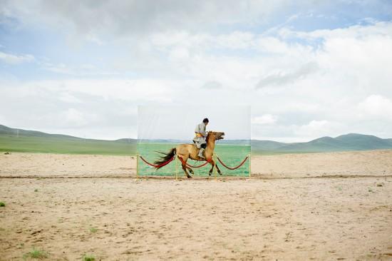 蒙古未来主义摄影警示草原荒漠化(图)