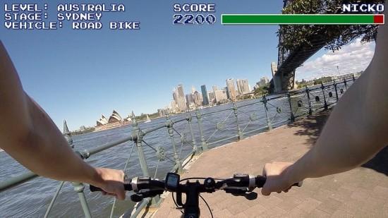 炫酷!澳情侣将旅游视频制成仿真电子游戏(图)