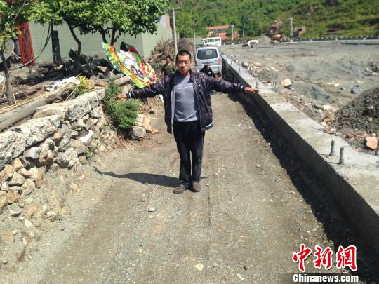 河北农妇投井自杀其子称与村支书强势建厂有关(图)