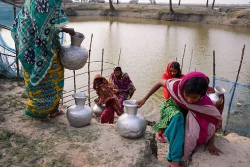 孟加拉国三分之一国土将变成海洋 人民生活困苦