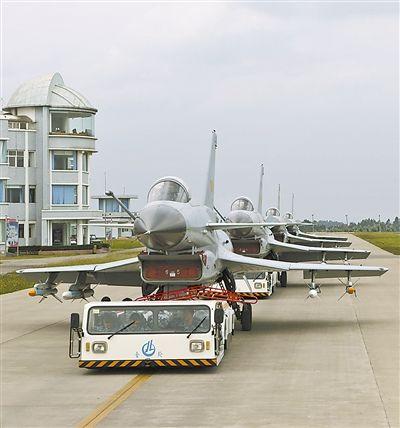 我军国产三代机已列装10多年 驻滇场站变主动