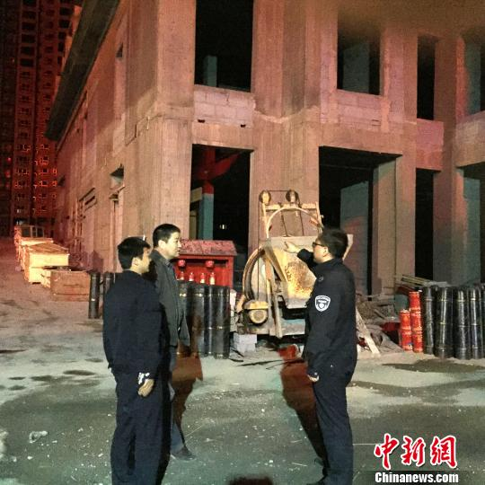 青海省西宁市控噪夜查一工地被口头警告(图)