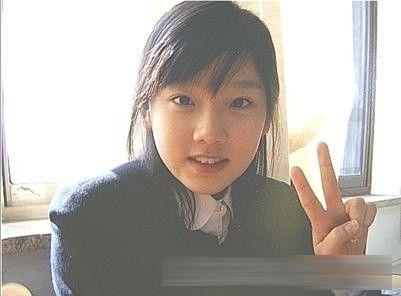 """金泰妍。作為""""少女時代""""的隊長,金泰妍經常與SJ的強仁共同擔當DJ。被網友指在節目中經常出言不遜。就照片來看,整容前也不算驚悚,長的還是蠻清純的。"""