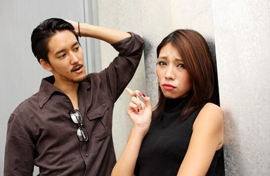 女生必看!男生流泪时千万不说的四句话--广东吧韩版头像女生图片
