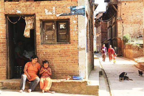我在尼泊尔等风来