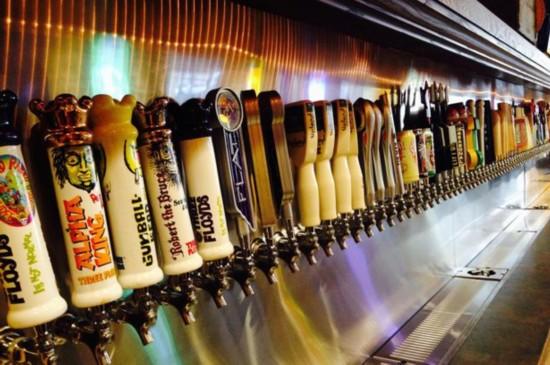 美酒吧提供175种啤酒 打开水龙头即可畅饮