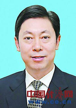 陈文清不再担任中纪委副书记、常委(简历)