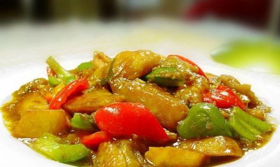 外出就餐3种素菜不要吃 地三鲜、干煸豆角、过油茄子