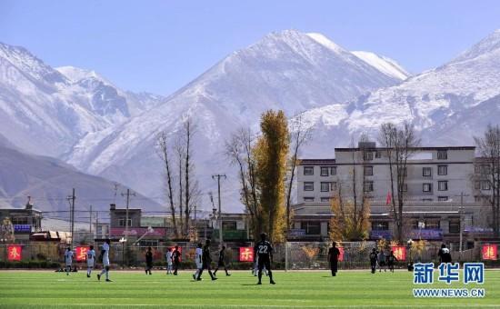 校园足球点亮中国梦
