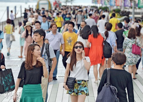 香港旅发局推旅客抽奖活动奖品面额价值逾4亿