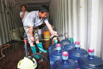 北京假桶装水流入社区 细菌可能超标数百倍