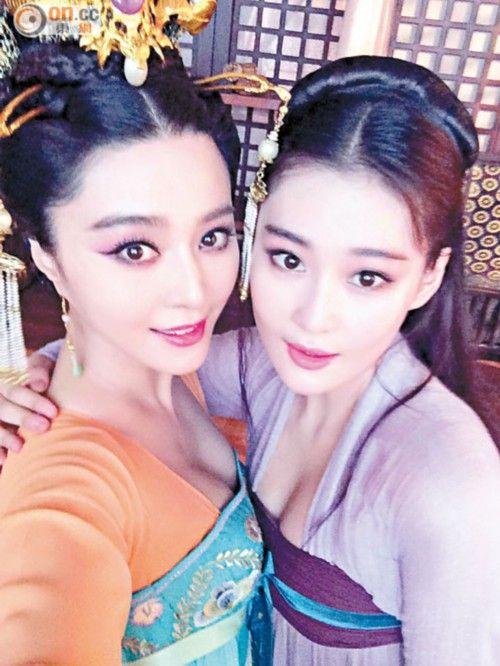 张馨予(右)的旧爱正是与范冰冰热恋中的李晨。