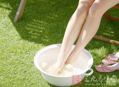 泡脚药方-排毒解暑 中医不外传的泡脚 米 方