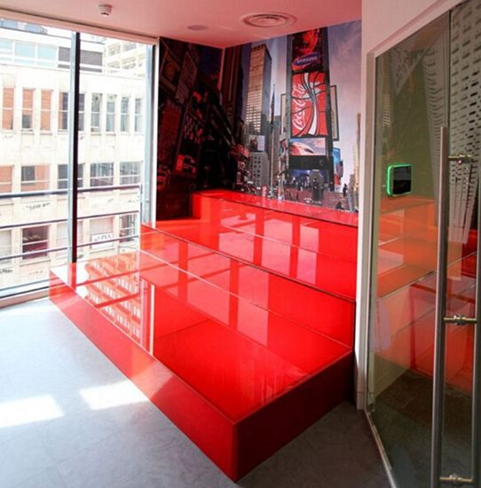 英国最酷办公室:员工可享露天影院室内沙滩(高清)【10】