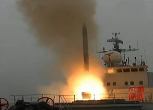 美媒称鹰击18导弹射程近300海里或成美军噩梦