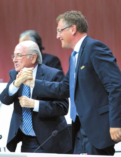 国际足联主席布拉特宣布辞职 原因不明