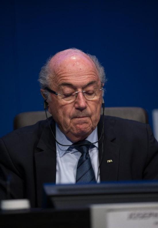 (体育)(3)足球――布拉特宣布将卸任国际足联主席