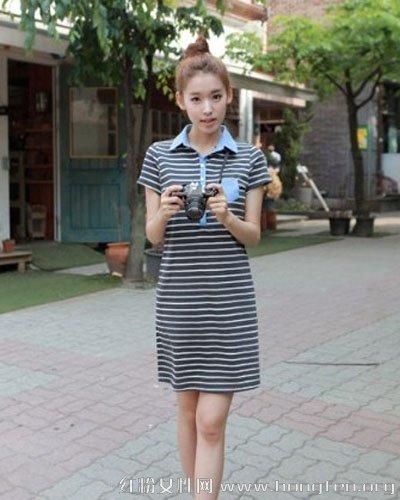 夏装条纹连衣裙经典百搭单品 凸显曲线玲珑美