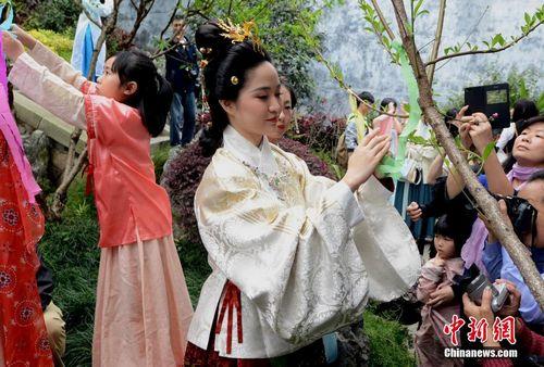 今日芒种:旧时举行仪式为花神饯行庙会有酬神表演