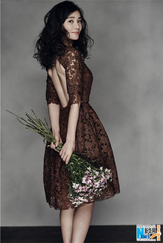 袁姗姗新写真秀美背 人比花娇优雅迷人