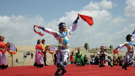 2015青海湖国际雕塑与大地艺术旅游季开幕