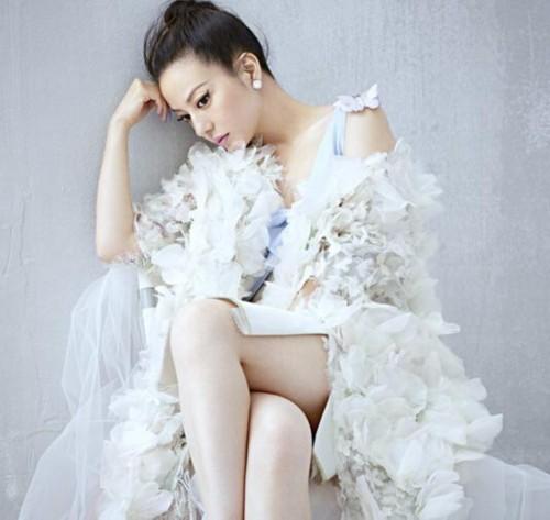 赵薇遭起诉 深挖明星成名前屈辱史:杨幂被扇巴掌周杰伦遭辱图片