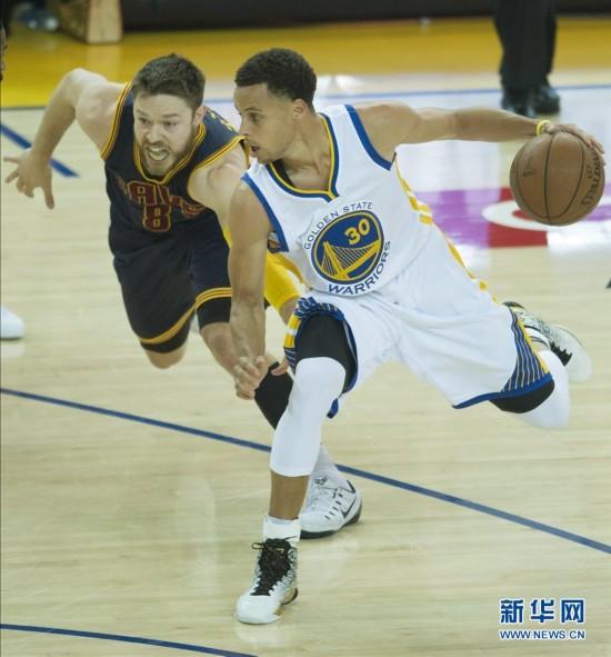 NBA总决赛:勇士对阵骑士