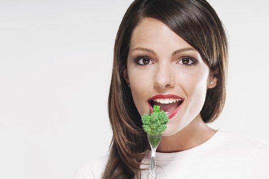 4类蔬菜是餐桌上的抗癌明星 应经常食用