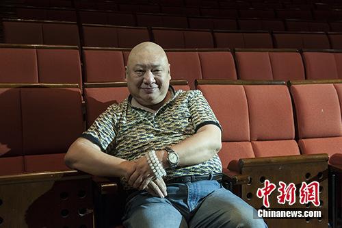 编剧孟冰:创作反腐题材话剧是编剧对社会的责任