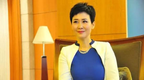 6月2日下午,国资委副主任、党委委员刘强口头宣布了李小琳的去向――前往大唐集团担任副总经理。