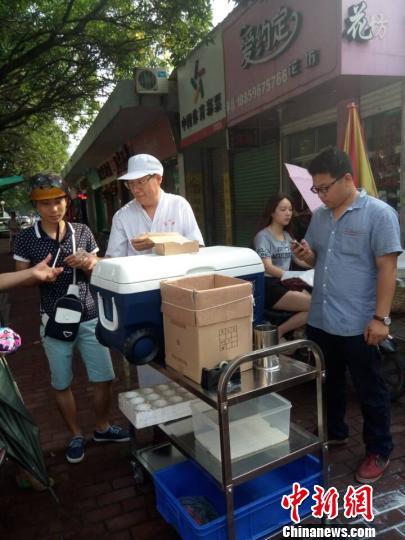 """台北夫妇卖早餐""""爆红""""漳州:做出""""真台味"""""""