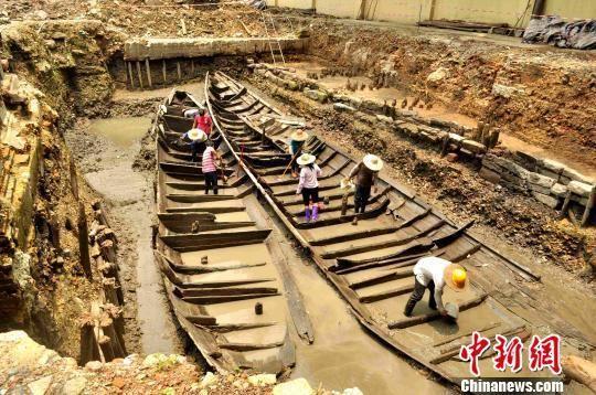 北京路古船发掘现场 广州市文物考古研究院 摄