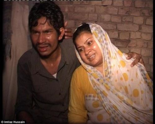 父亲因浪费钱杀女儿 瞒着妻子将三个女儿活活烧死