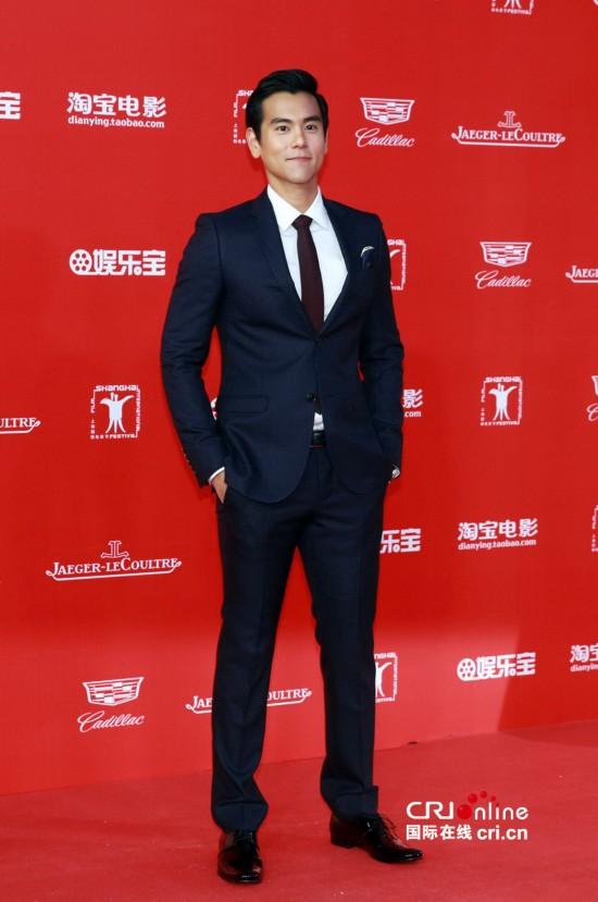 届上海电影节红毯_第18届上海国际电影节红毯2015范冰冰张馨予