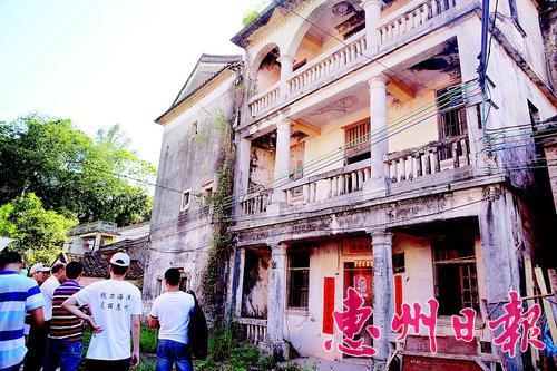 古洋楼为衣锦还乡的村民所建。
