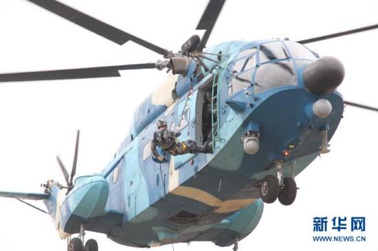 """(图文互动)(3)中国空降兵赴白俄罗斯参加""""神鹰-2015""""联合反恐训练"""