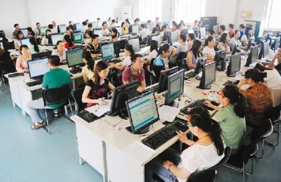 2015年山西高考阅卷老师两千名 进度已过半