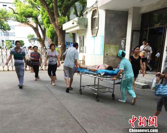 广西北海菜市砍人事件4人伤1人伤势较重(图)
