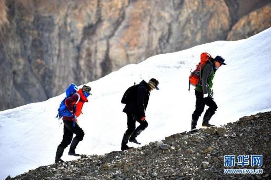 (生态)(3)甘肃境内祁连山冰川面积近10年减少36平方公里