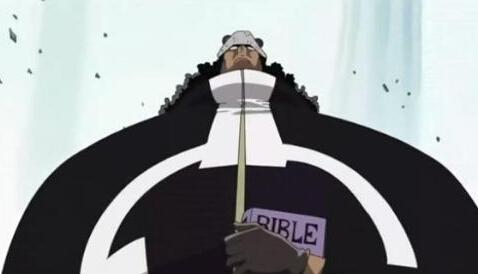 得那么弱,在wt看来他是一个强大到要让海军和海贼组队才能打高清图片