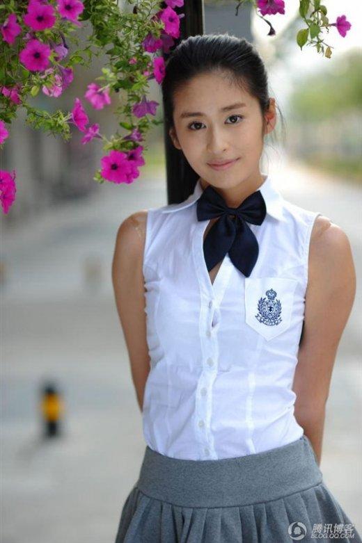 杨蓉李沁刘庭羽 盘点娱乐圈半温不火的小花旦