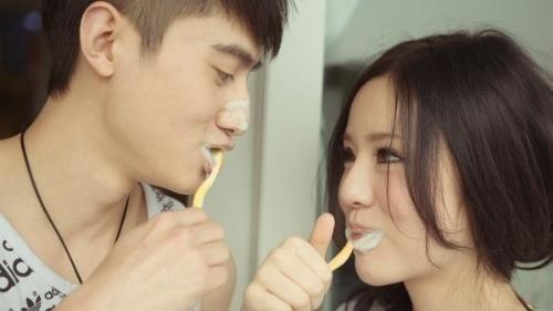 口臭看出身体内部疾病 四种食物吃掉口臭