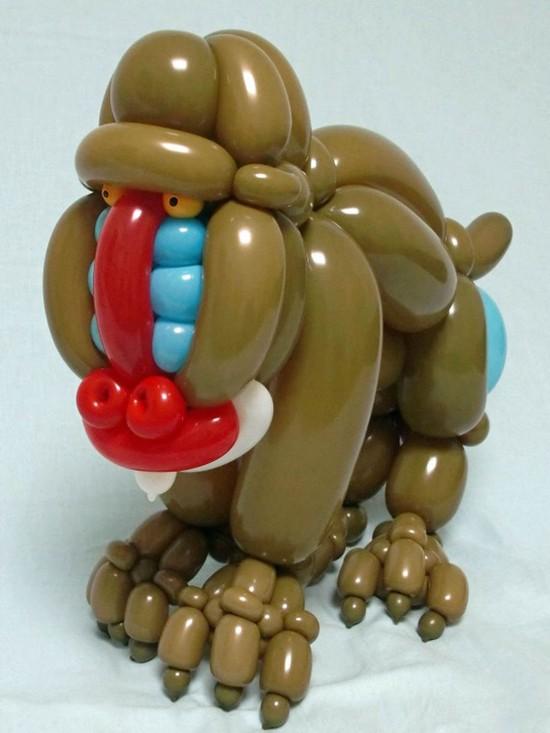 """普通气球变出小动物 栩栩如生吹""""服""""你(组图)"""