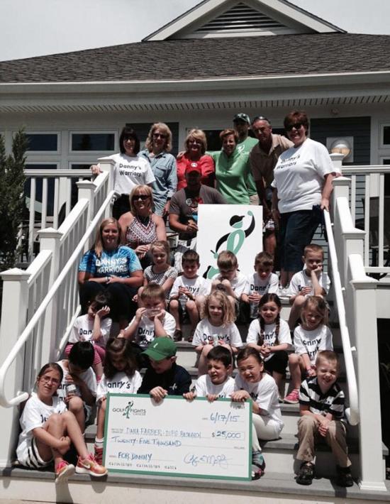 美6岁男孩打高尔夫筹3万美元善款 纪念癌症过世同学【3】